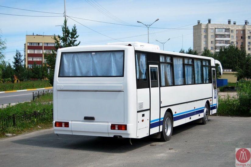 КАВЗ 4238 - Вид сзади